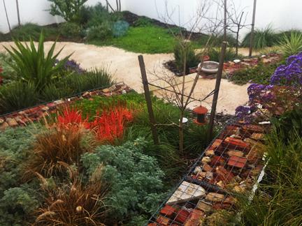 Mediterranean garden WILD ABOUT GARDENS Garden Design Perth WA